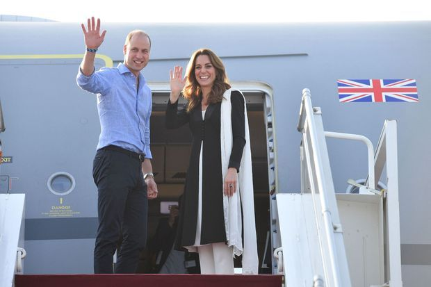 William et Kate quittent le Pakistan après un voyage officiel de quatre jours, le 18 octobre 2019