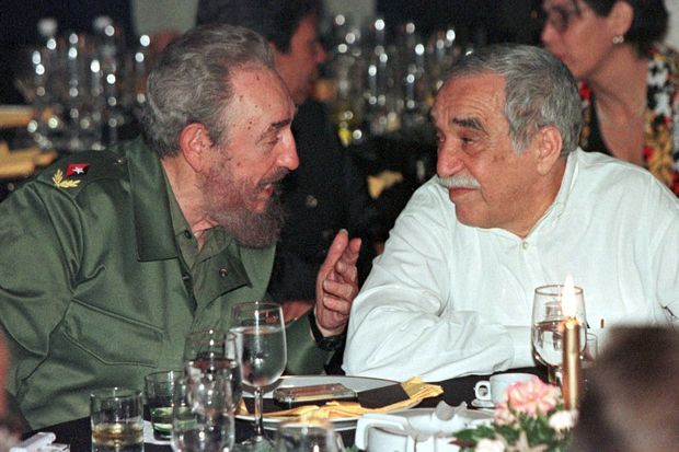 Avec Fidel Castro en 2000 à La Havane.