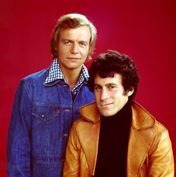 « Pendant huit ans, Paul Michael Glaser, ici avec David Soul en juin 1970, a été le héros de la série télévisée Starsky et Hutch » - Paris Match n°2102, 7 septembre 1989