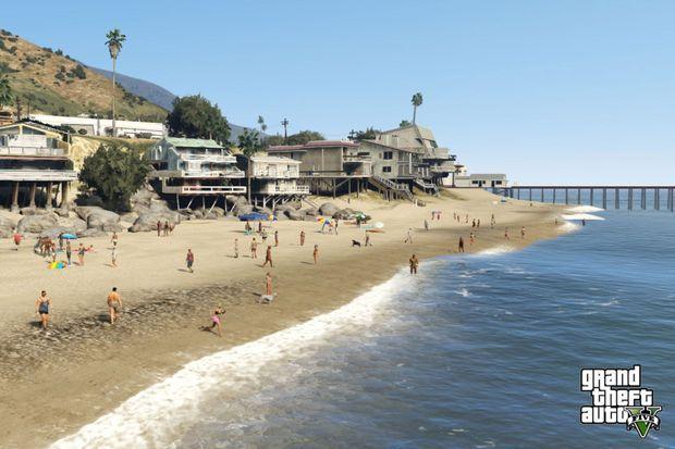 Même les plages sont peuplées dans GTA V.