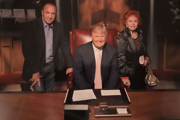 Donald Trump entouré de Guido Lombardi et sa femme Gianna.