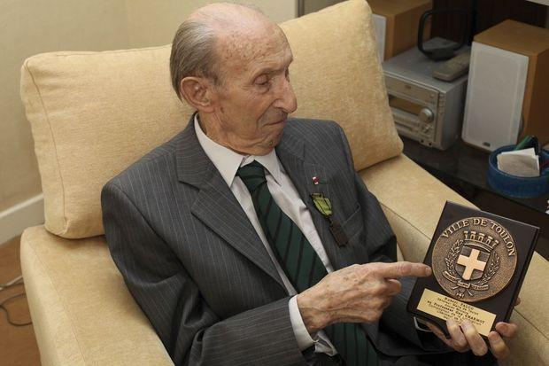 Guy Charmot, 99 ans.