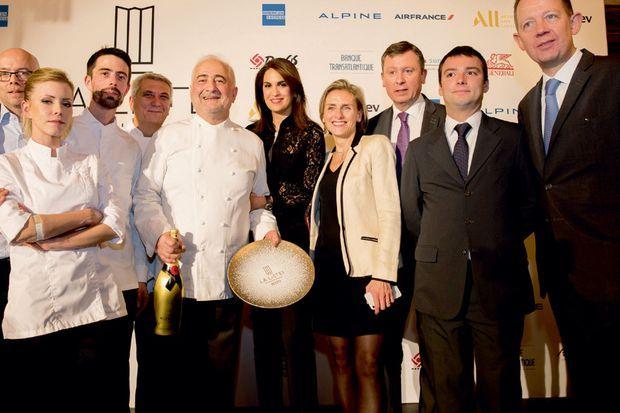 Le 2 décembre 2019, le classement La Liste lui remet le prix de meilleur restaurant du monde. Il est entouré de sa brigade, de Sonia et de Carine Polito, sa fidèle assistante.
