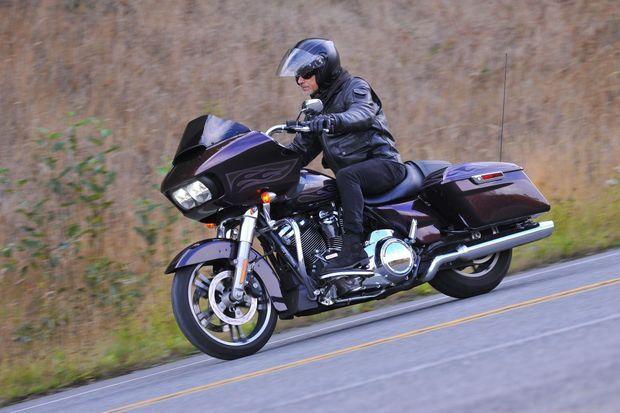 La Harley-Davidson Road Glide Special profite elle aussi du nouveau 107.
