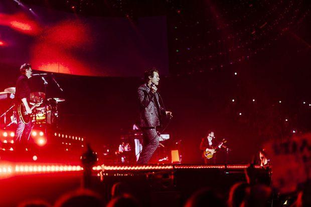 Harry Styles à l'Accorhotels Arena mardi soir.