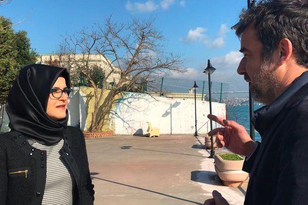 Hatice Cengiz et Régis Le Sommier à Istanbul.
