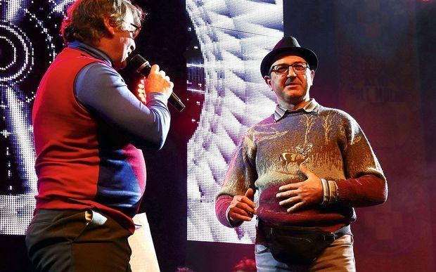 Hervé, le gagnant du Championnat du monde 2017 du pull moche.