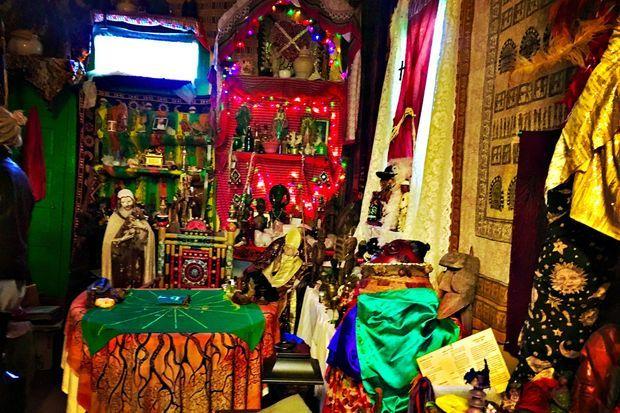 Au Voodoo Spiritual Temple.