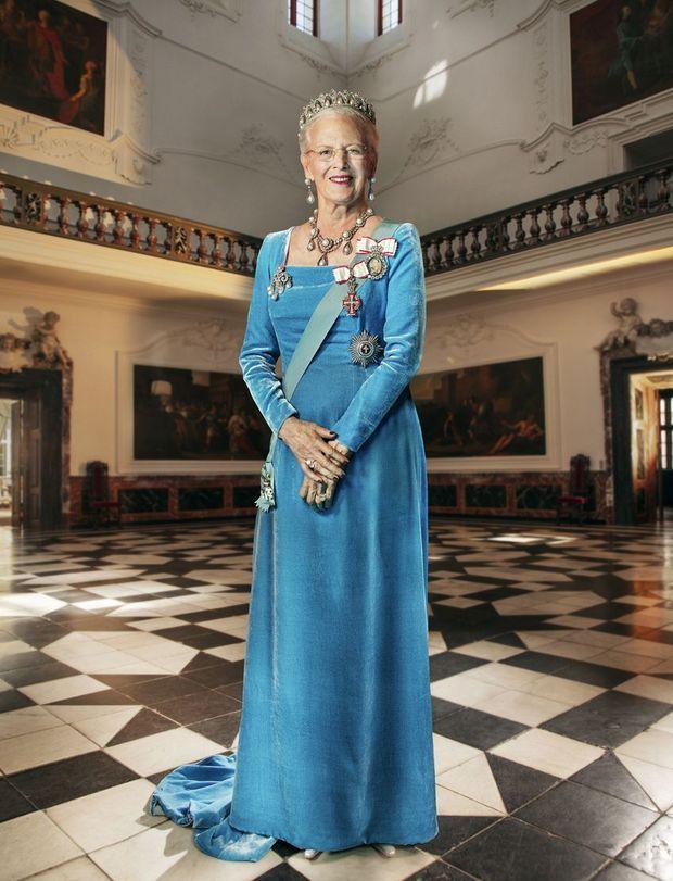 Le nouveau portrait de gala de la reine Margrethe II de Danemark, dévoilé le 21 septembre 2020