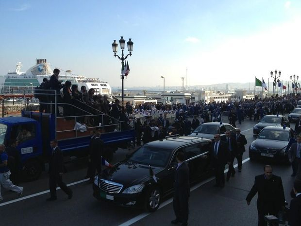 Hollande Bouteflika Déambulation-
