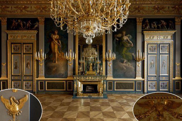 Le salon des quatre saisons de l'hôtel de Beauharnais à Paris. En médaillons, détail des cygnes des pilastres et des aigles de la corniche.
