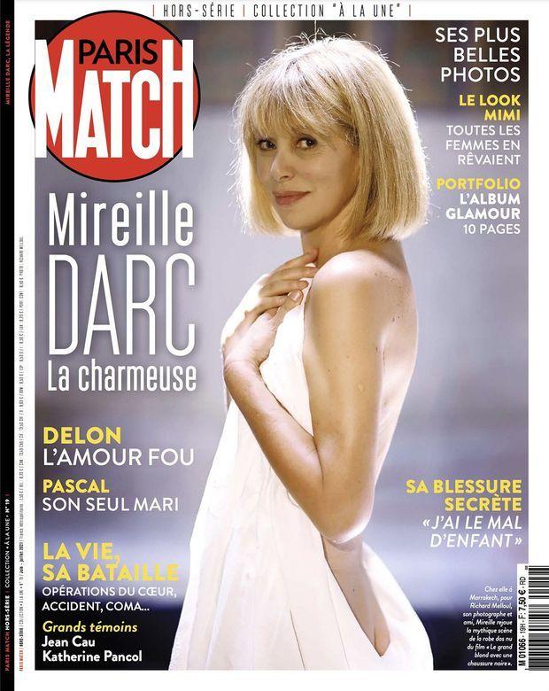 Notre hors-série « Mireille Darc, la charmeuse », 100 pages de photos et de reportages exclusifs consacrées à l'actrice, en vente à partir du vendredi 24 juin chez votre marchand de journaux...