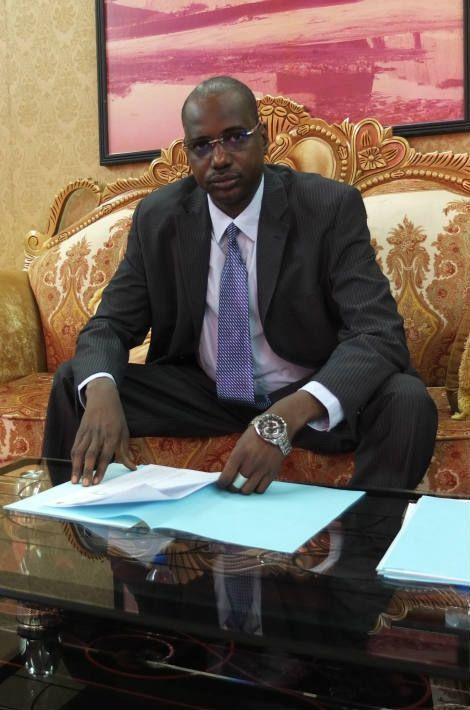 Ibrahim Boubé, président de la Ceni au Palais des Congrès de Niamey, quelques minutes avant l'annonce des résultats, le 26 Février 2016
