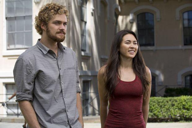 Finn Jones et Jessica Henwick.