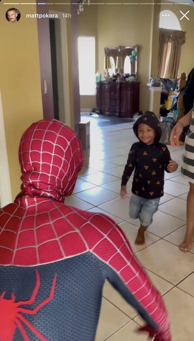 Matt Pokora surprend son neveu Layvin pour son anniversaire le 19 janvier 2021