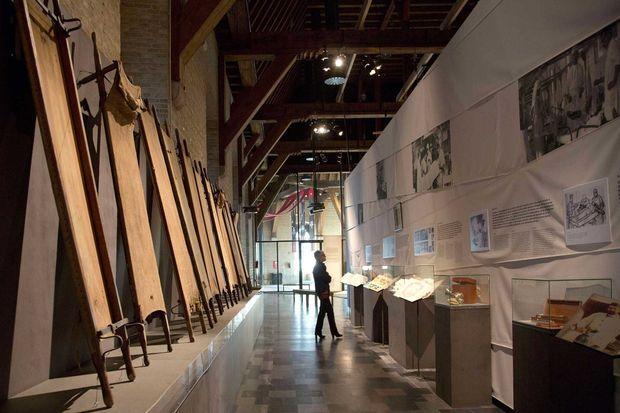 Dans le hall du musée In Flanders Fields Museum d'Ypres.