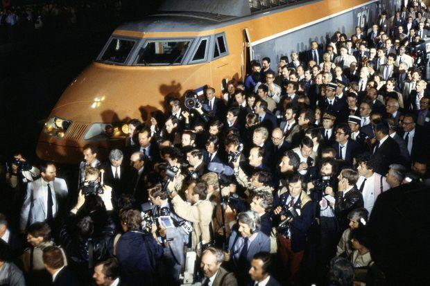 Inauguration du premier tronçon TGV par François Mitterrand, le 22 septembre 1981.