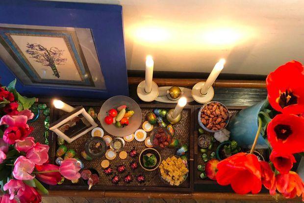 Le Haft Sin : le plateau dressé dans toutes les maisons avec les sept éléments comestibles.