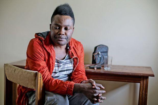 Isaac était chorégraphe. Quand il a avoué son homosexualité, il a tout perdu.