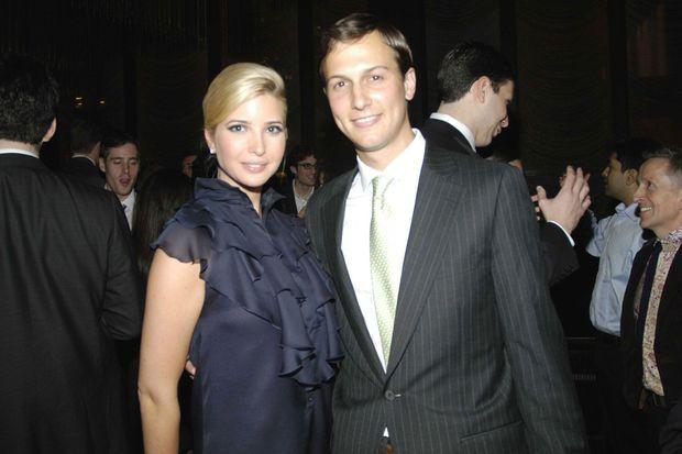Ivanka Trump et Jared Kushner, jeune couple dynamique lors d'une soirée organisée en avril 2007 pour le lancement du nouveau site du journal dirigée par Jared, le «New York Observer».