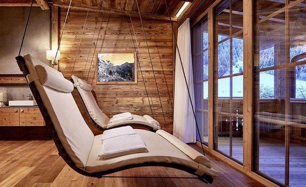 Le spa privé tout en bois.