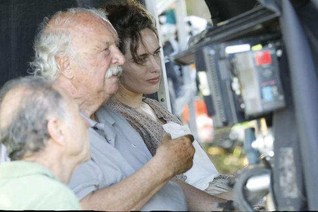 """Jean Becker sur le tournage du """"Collier rouge"""""""