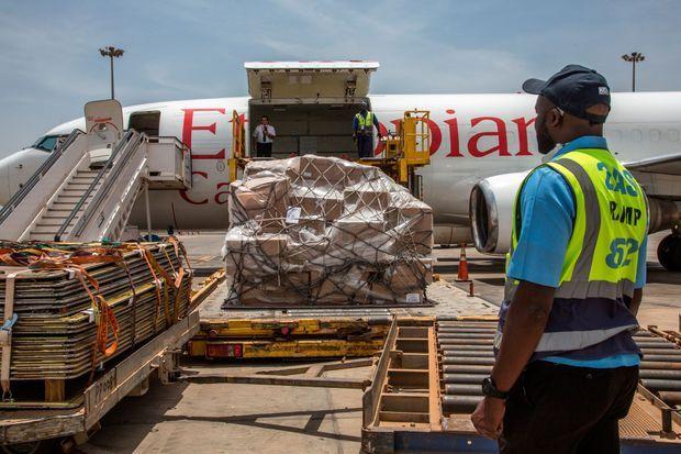 Le 28 mars, livraison au Sénégal du matériel médical fourni par la fondation Jack Ma