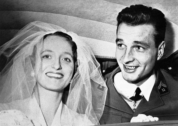 Jacques et Bernadette Chirac le jour de leur mariage, le 17 mars 1956.