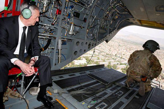 James Mattis à Kaboul en avril 2017.