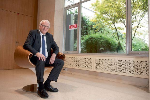 Jean-Bernard Lévy au siège d'EDF, à Paris, le jeudi 1er octobre.