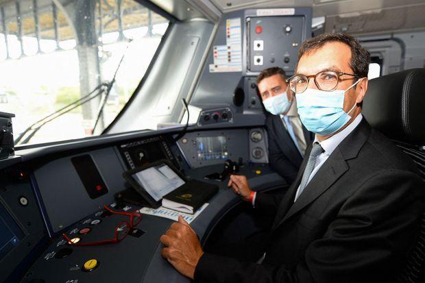 Jean-Pierre Farandou (à dr.) avec le P-DG de Bombardier Transport France, Laurent Bouyer, en août dernier.