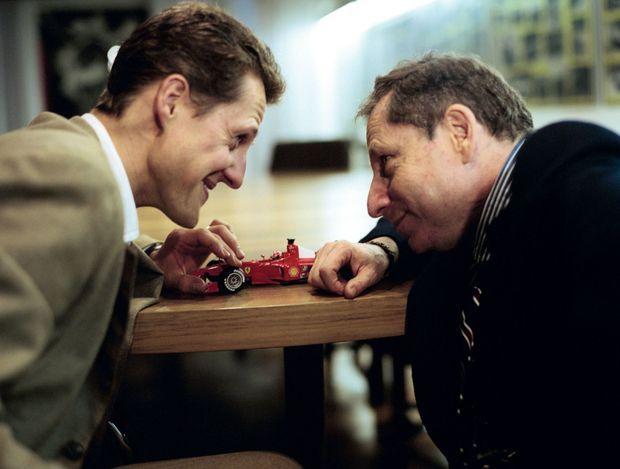 Jean Todt suit la carrière de Mick. Avec Michael, le 16 décembre 2002.