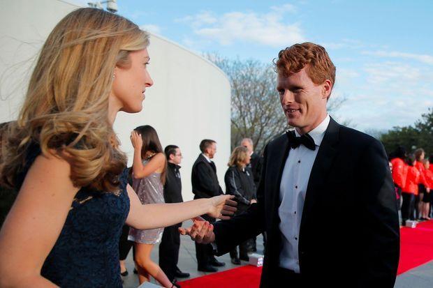 Joe Kennedy III et son épouse Lauren à Boston, le 7 mai dernier.