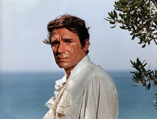 Inoubliable dans le rôle du comte Joffrey de Peyrac. Ici en 1968, dans « Angélique et le sultan », cinquième et dernier film de la saga de la marquise des anges.