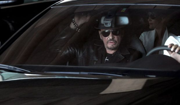 Johnny Hallyday retour en france-