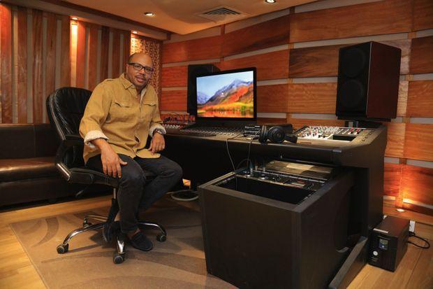 A Abidjan, dans les locaux de Sony Music Entertainment.