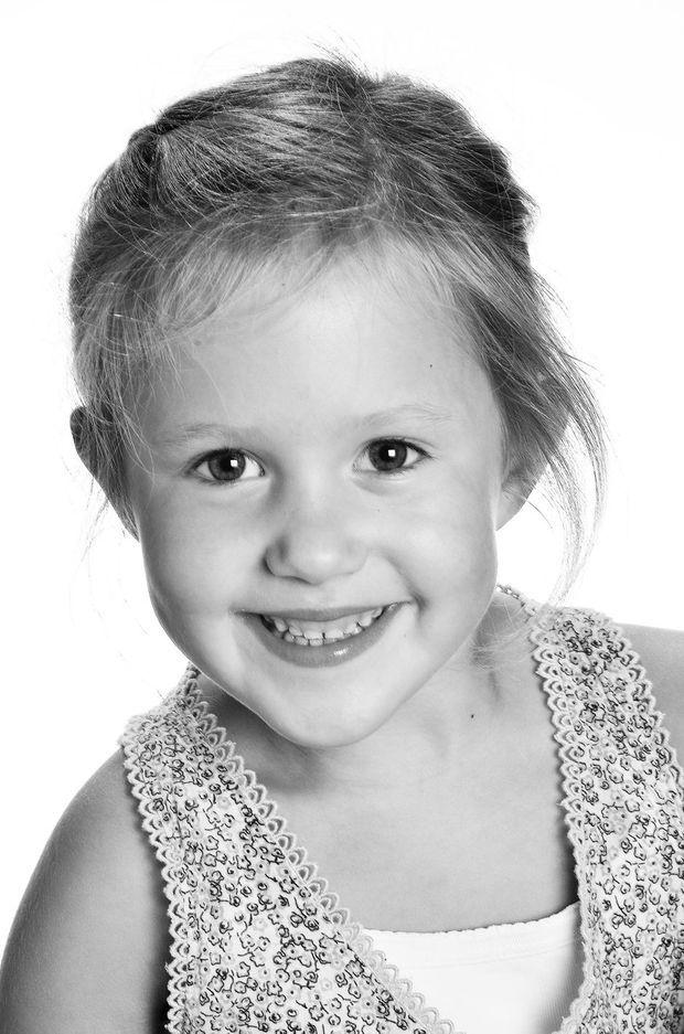 Portrait officiel de la princesse Josephine de Danemark pour ses 6 ans
