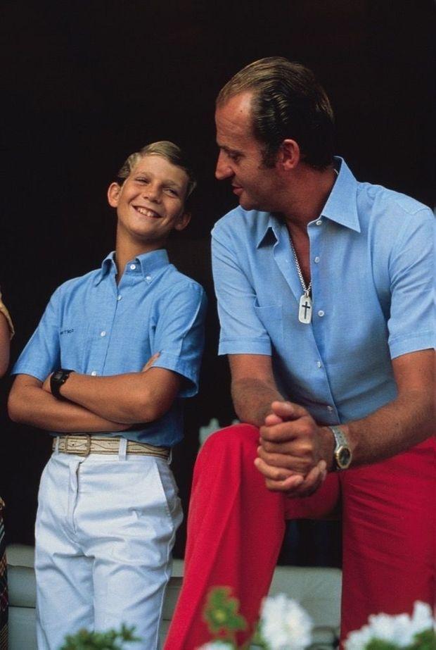 Juan Carlos Ier et son fils, dans les années 1980.