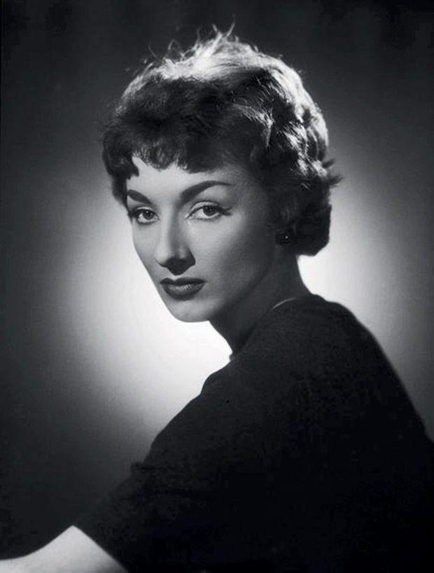 Judith Magre à 17 ans
