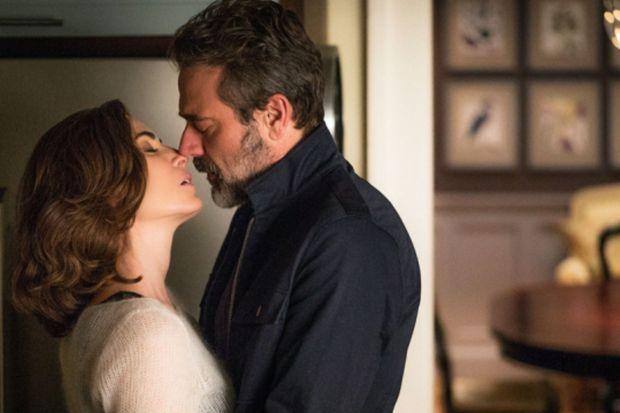 """Julianna Margulies et Jeffrey Dean Morgan dans """"The Good Wife""""."""