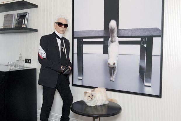 Avec Choupette… Il a baptisé cette chambre du nom de la chatte qui ne le quitte jamais. A 1 250 euros la nuit, c'est la plus petite de l'hôtel.