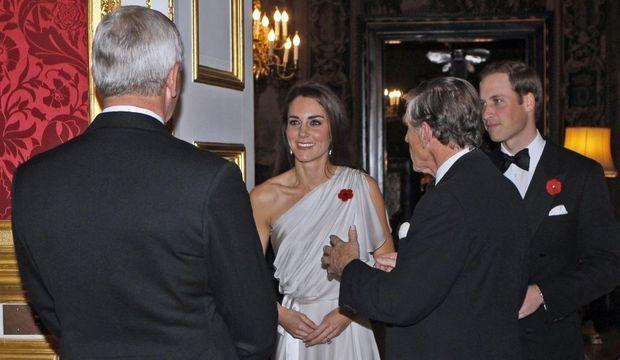 Kate au premier plan-
