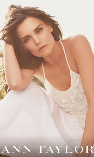 Katie Holmes Ann Taylor - Attention mauvais format-