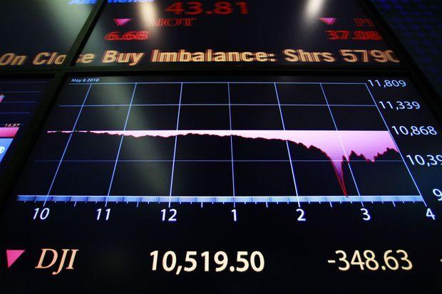Sur cette photo du 6 mai 2010, le krach éclair d'une vingtaine de minutes apparaît dans ce tableau qui restitue les opérations de la journée.