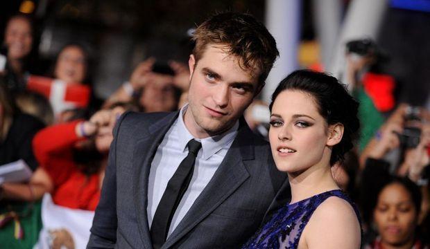 Kristen Stewart et Robert Pattinson. Sanglante passion (5)-