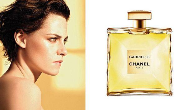 Kristen Stewart, une égérie glam rock, pour un parfum audacieux.