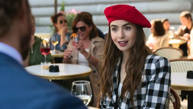 L'actrice Lily Collins joue Emily