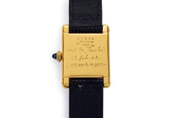 L'arrière de la montre ayant appartenu à Jackie Kennedy
