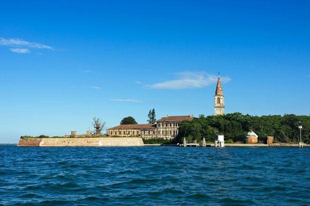 L'île de Poveglia, en Italie.