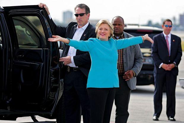 La candidate démocrate le 26 octobre, jour de son 69e anniversaire, à Miami, où elle a assisté la veille à un concert d'Adele.